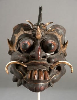 face-in-chinese-culture-mask