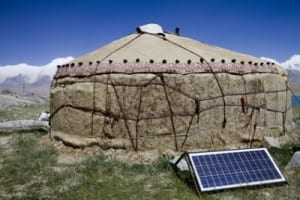 chinese-solar-powered-yurt